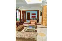 Rumah Bagus dan Cantik Bergaya Marroco Style di Jl. Brawijaya