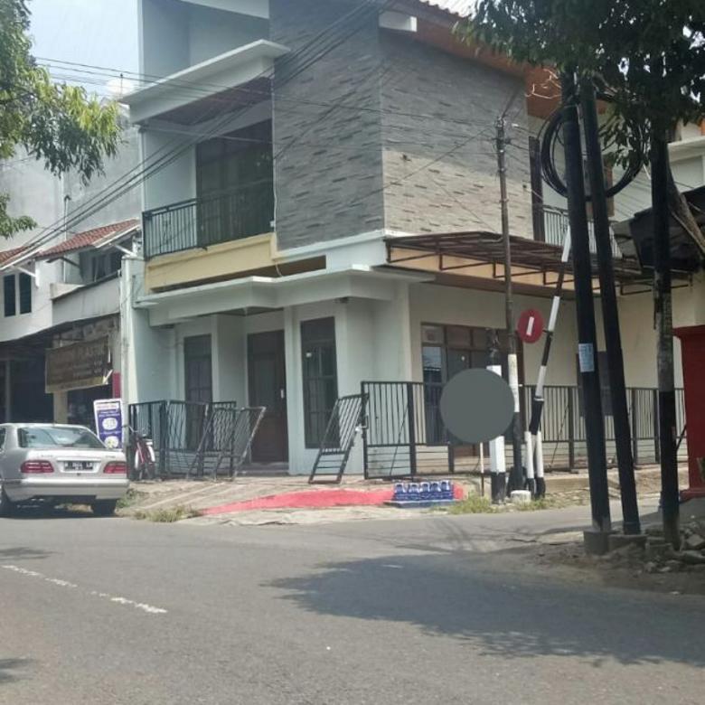 Rumah Bagus 2 Lantai Bisa Untuk Usaha Manahan Solo Kota
