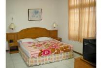 SERVICED APARTEMEN Studio (1AC) dengan Housekeeping & Laundry