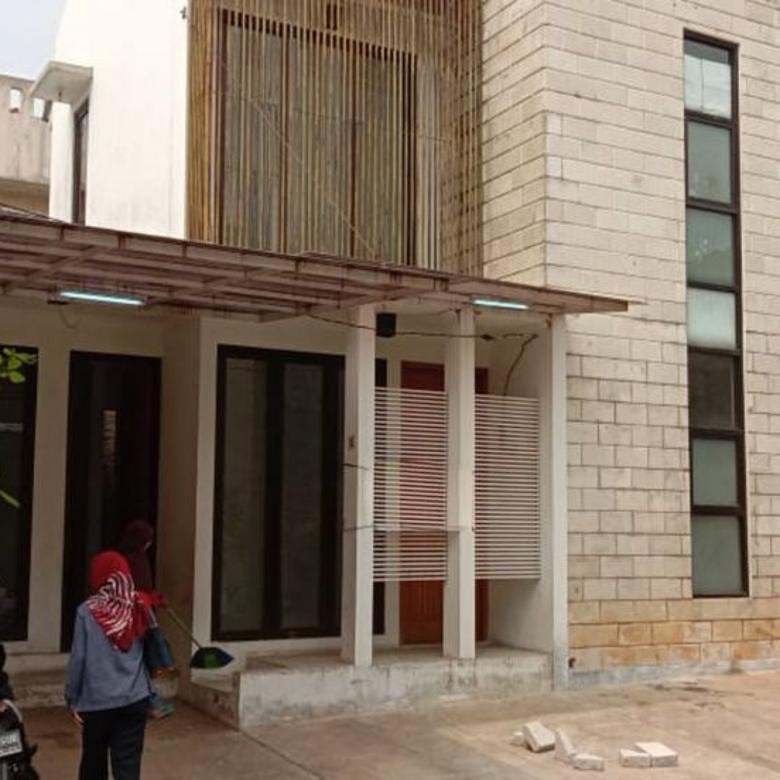 Rumah bagus dalam cluster murah di Cirendeu