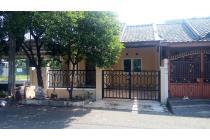 Dijual Rumah Nyaman Asri di Bulevar Hijau, Harapan Indah, Bekasi