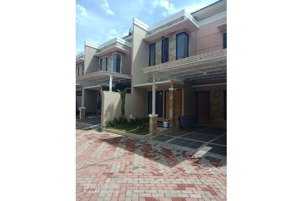townhouse mewah semi furnish lt.128m lb.160m 17700150