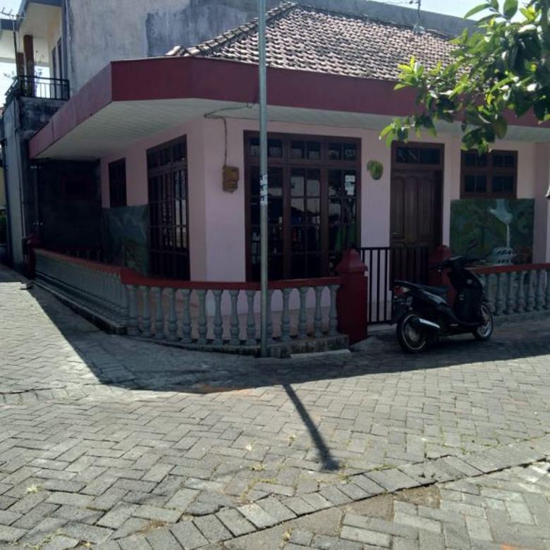 Rumah second bagus dan murah siap huni di jl Dewi Sartika Batu