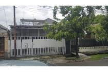 Dijual Rumah Nyaman Strategis di Jalan Cempaka Putih Barat, Jakarta Pusat