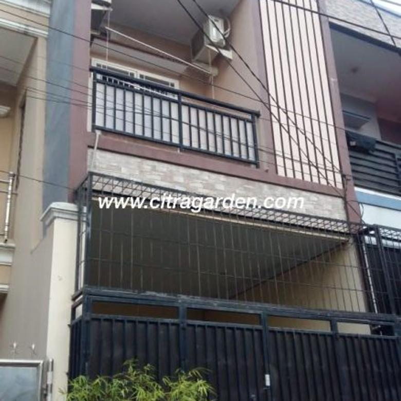 Rumah bagus dekat bandara di Villa Taman Bandara - 0008-VENCG6
