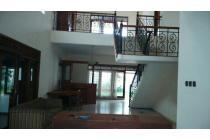 Disewakan Rumah Dharmahusada Indah Timur, Surabaya , Jawa Timur.