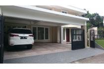 Dijual Rumah Mewah Bagus di Villa Delima Jakarta