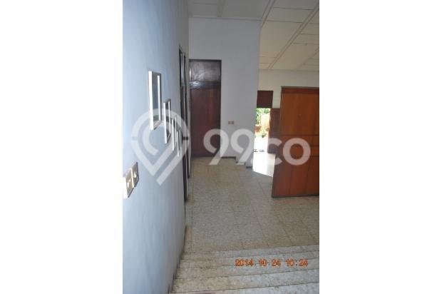 Rumah Siap Huni dengan Tanah Luas di Cinere 4427689