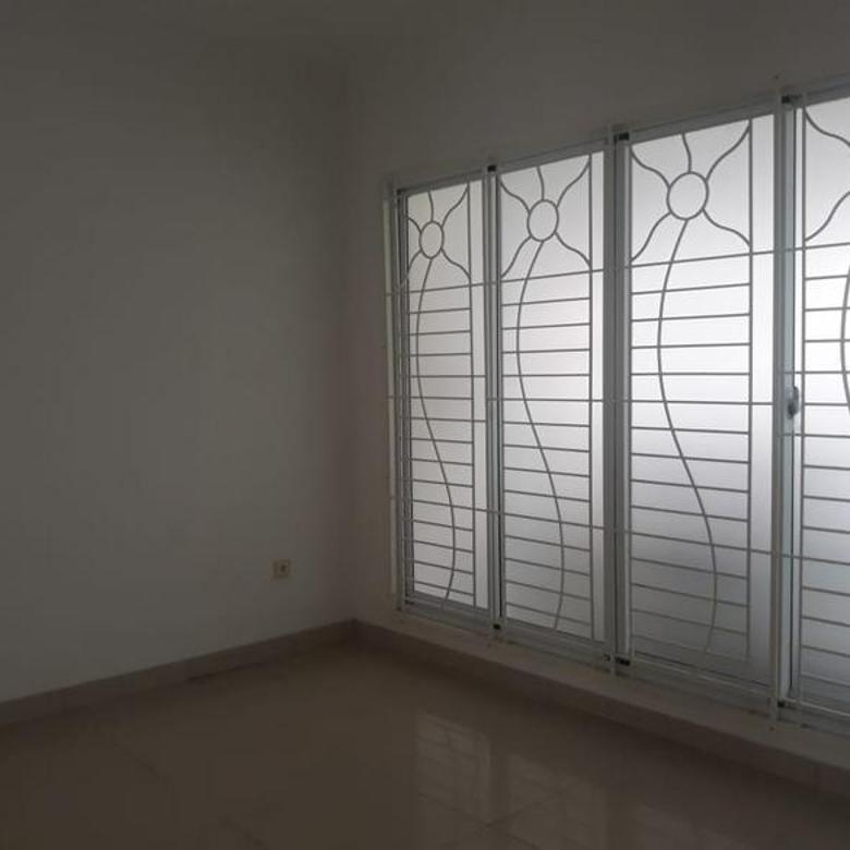Rumah Green Lake City Australia Boulevard 8x20, Duri Kosambi, Jakarta Barat