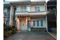 Rumah 2 Lantai Di Jalan Pattaya, Area Lippo Karawaci Tangerang