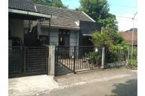 rumah mewah, lokasi strategis di daerah Purwomartani