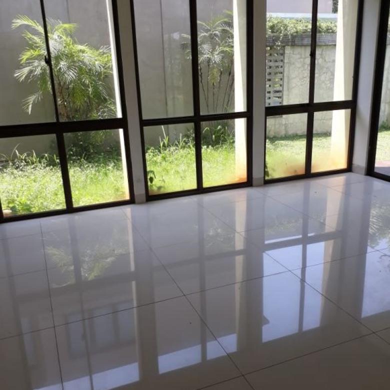 Dijual Rumah Cluster De Brassia,De Park, BSD,Tangerang Selatan