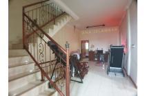 Rumah Murah Kondisi Bagus 4 lantai di Jelambar