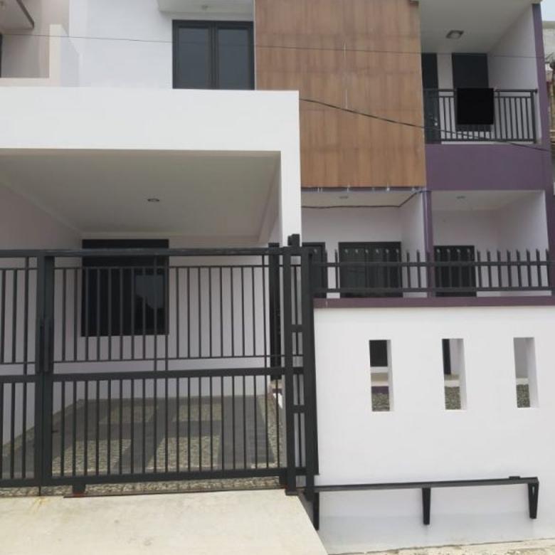 Dijual Rumah Baru 2Lt di Komplek Pajak Tangerang Selatan