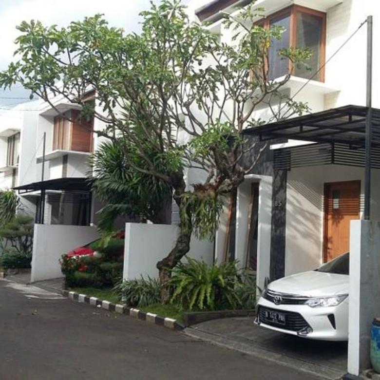 Dijual Rumah Nyaman Strategis di Pejaten, Jakarta Selatan