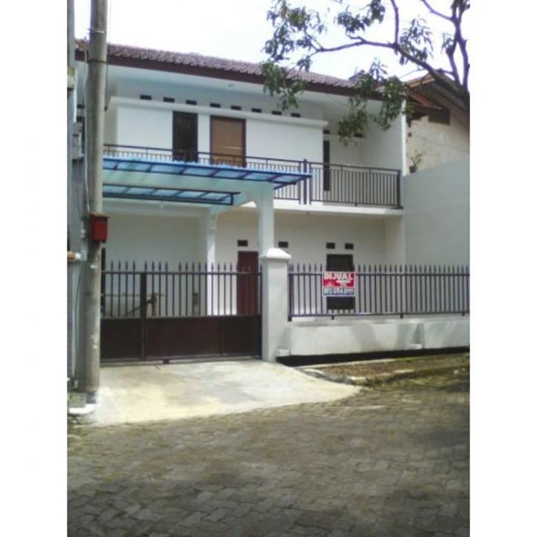 Rumah 2 tingkat, harga menggiurkan di Komp. Telkom