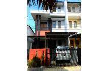Rumah Dekat Fasilitas Umum dan Perkantoran Bandung