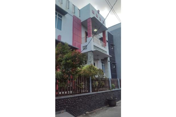 Rumah Kelapa Gading BCS 240m 2,5lantai hdp Utara 13909335