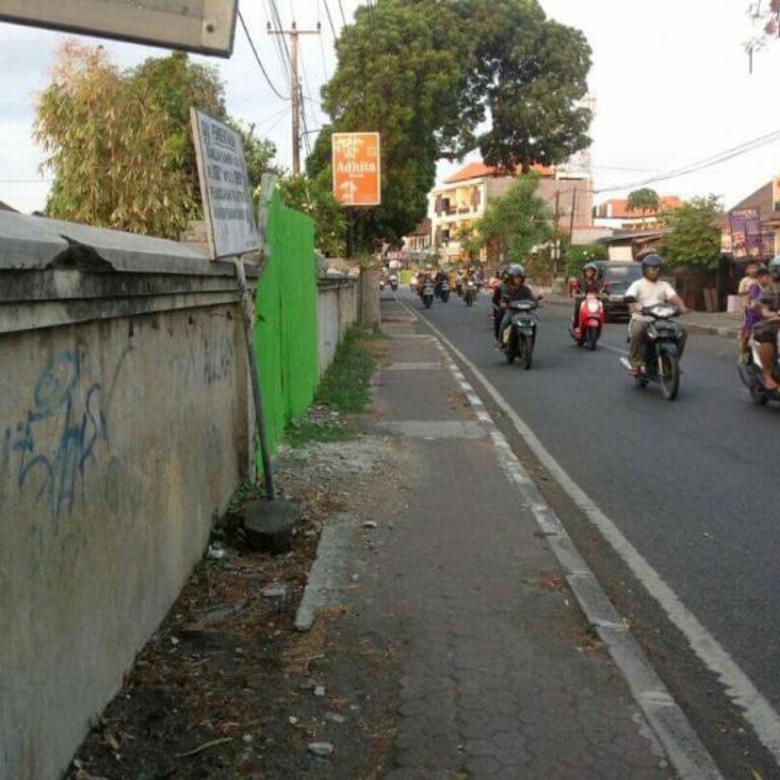 tanah jalan utama nangka selatan dkt Gatsu veteran Patimura Polda
