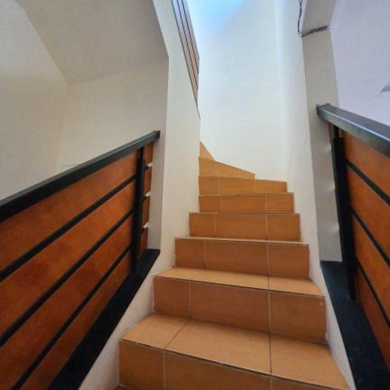 Rumah cantik desain minimalis modern di bsd