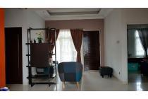 Rumah second murah siap huni, lokasi strategis  di cibubur country
