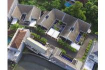 Di Jual Komplek Villa di pinggir jalan Raya Canggu
