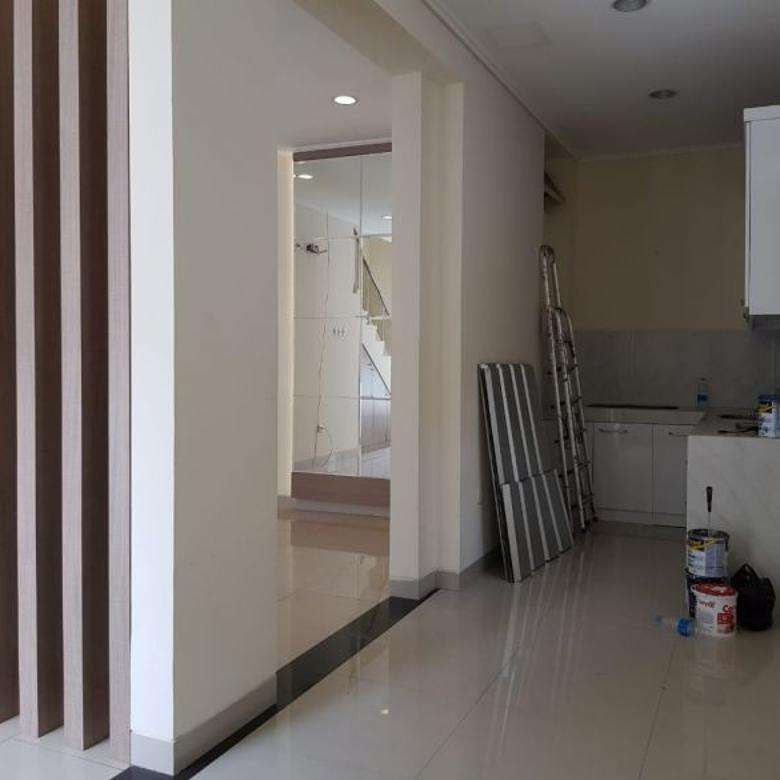 murah.....rumah katamaran indah 3 lantai minimalis