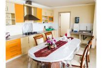Fully Furnished  Permata Senayan 3 + 1  Bedroom Floor 11