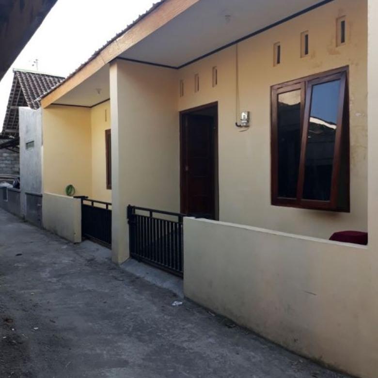 Rumah Siap Huni Bangunan Minimalis Gentan Sukoharjo