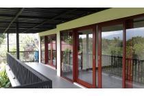 Rumah mewah nuansa villa di Mataram