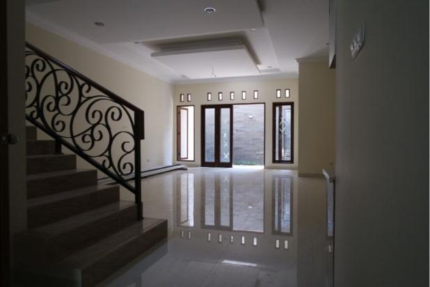 Dijual Rumah Baru Pejaten 12030798