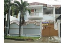 Disewakan CEPAT Rumah di Taman Semanan Indah,lokasi strategis di boulevard