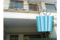Rumah Kost-kostan di Sunter Jaya Jakarta Utara  Lokasi oke