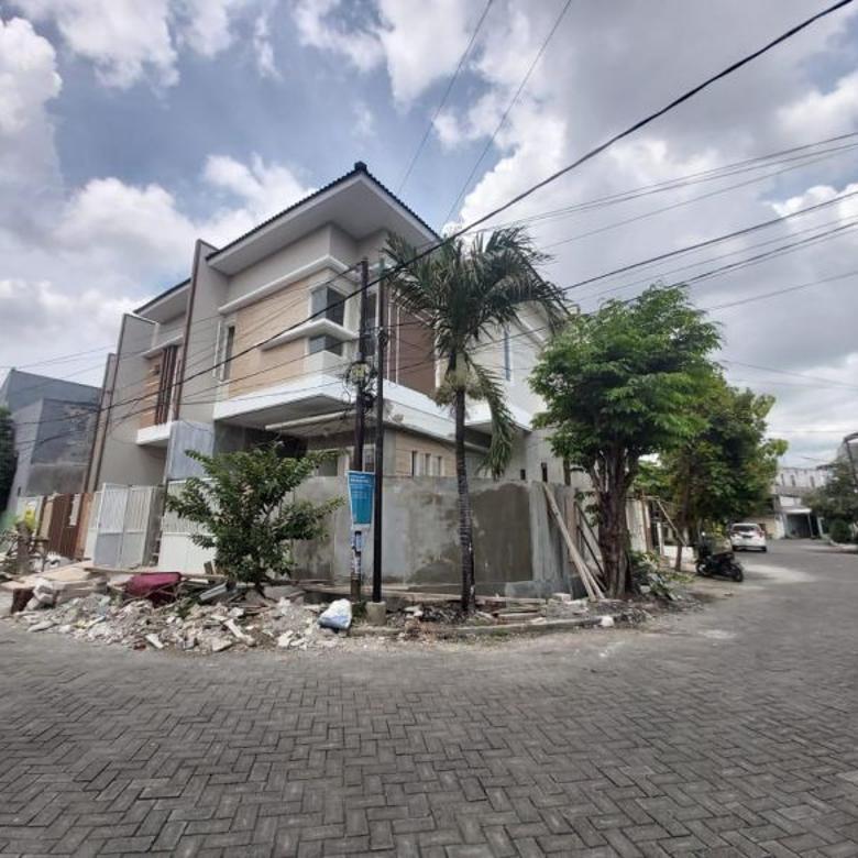 Rumah Lebar 9 Tenggilis Timur Row 3 Mobil Bebas Banjir