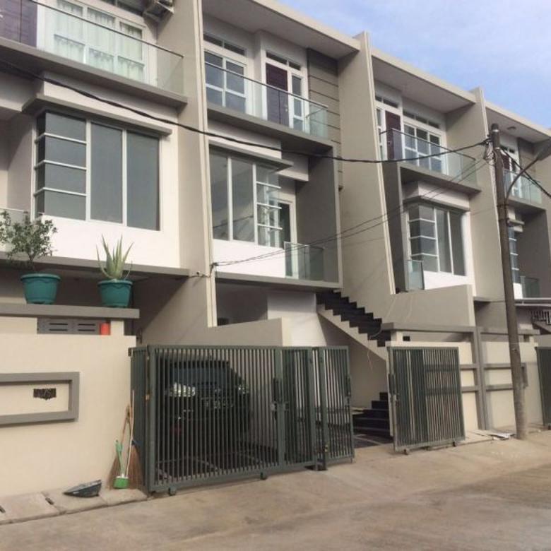 Dijual Rumah Baru Siap Huni Jalan Besar di Sunter
