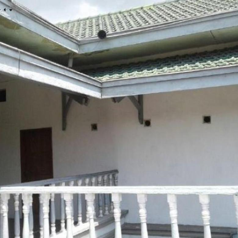 Rumah SITUBONDO Jl PB SUDIRMAN LOKASI STRATEGIS KOTA