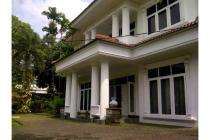 Dijual Rumah Hadap Selatan Nyaman di Kemang Selatan Jakarta Selatan