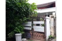 Di jual rumah di Taman Kebon Jeruk Interkon murah banget