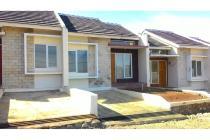 Djual rumah minimalis,harga murah,strategis  di cipadung bandung timur