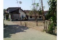 Tanah pekarangan dalam ring road jalan magelang belakang indogrosir