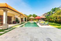 4 Bedroom Private Pool Wow Villa In Heart of Seminyak