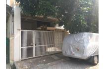 Rumah siap huni di Rungkut Menanggal Harapan lokasi ciamikk