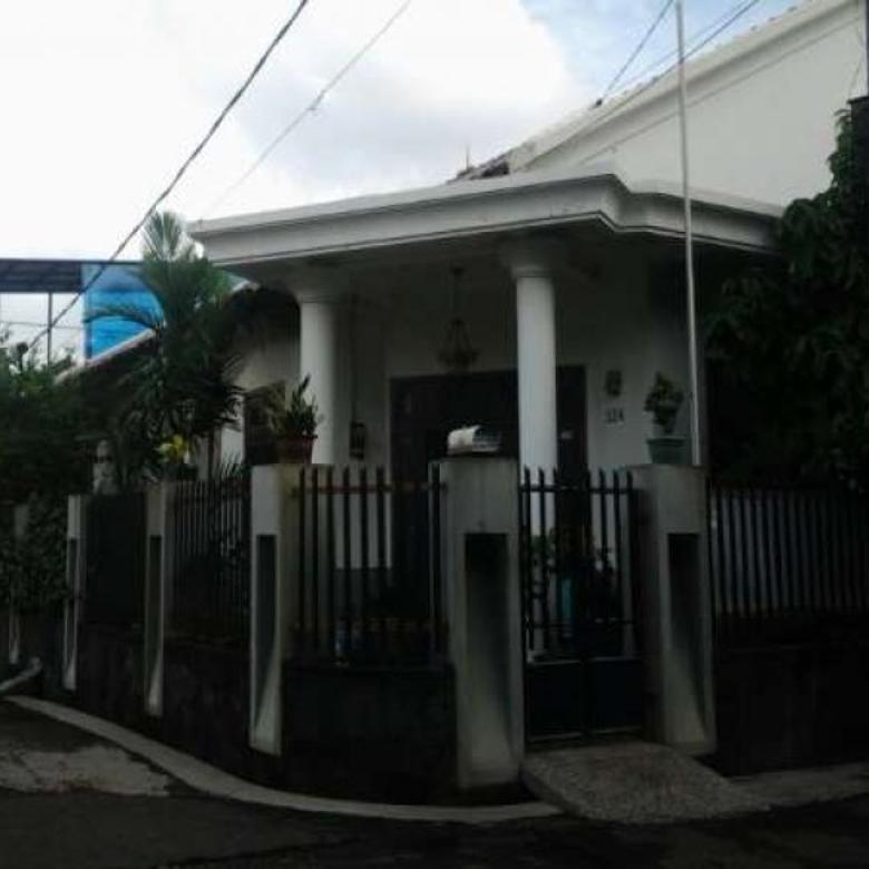 Dijual Rumah Strategis di Kreo Selatan, Larangan PR709
