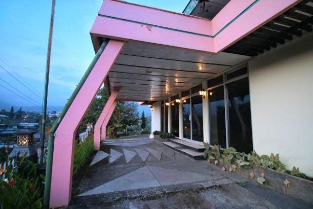 Rp72,1mily Hotel Dijual