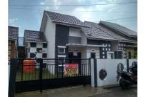 Rumah Dijual Jl. Parit Haji Muksin 2 Komplek Griya Alam Raya