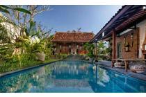 luxury villa Style colonial di jln veteran canggu Pererenan, kuta utara,bal