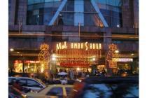 Kios Mall Ambasador dekat Restoran Yoshinoya