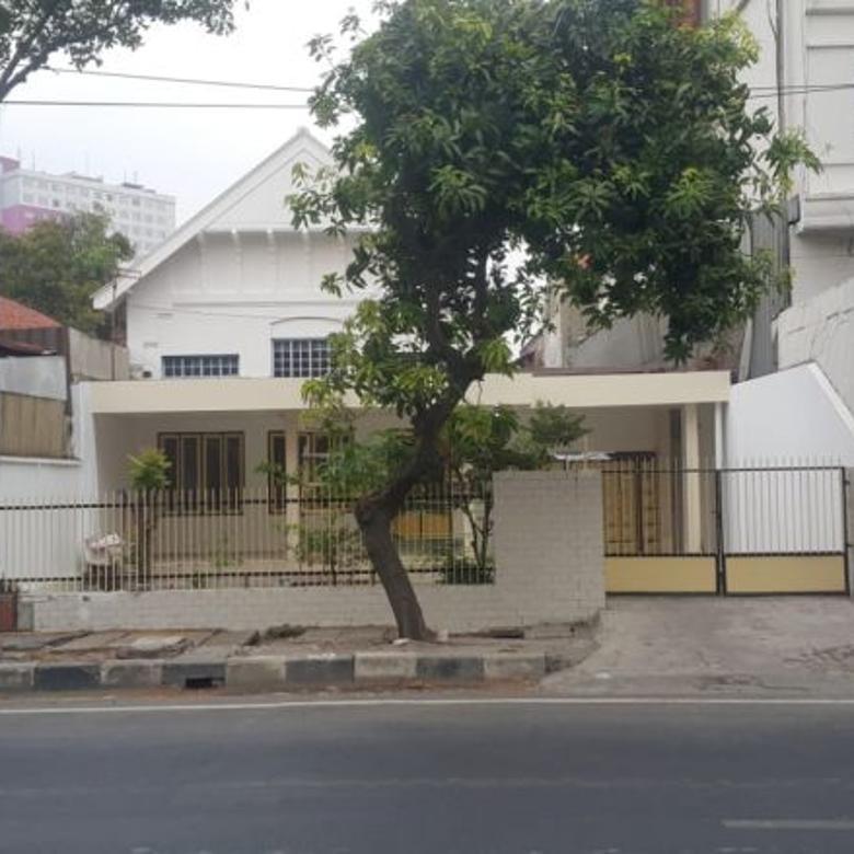 Rumah langka Jalan Biliton di Pusat Kota Surabaya