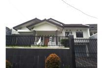 Dijual Rumah Lux Lokasi Strategis di Setramurni Bandung