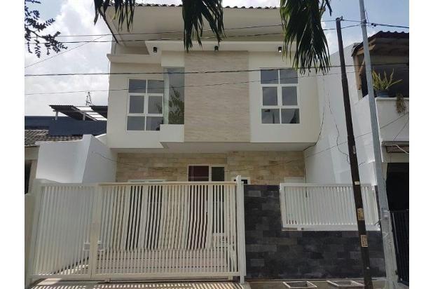 Rumah 2 lantai bangunan baru Taman Sutorejo Timur, Surabaya 15146074
